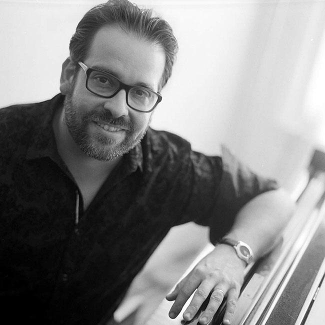 Manuel Valera Trio 12/10/2017 21.00