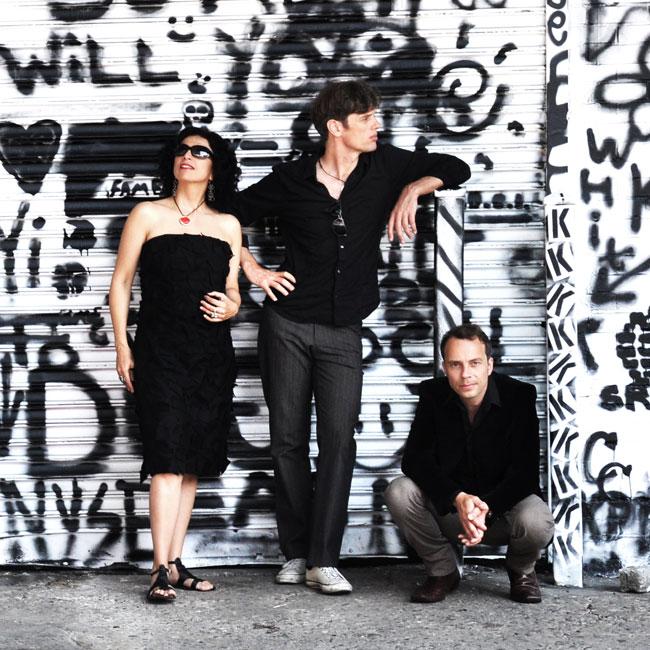 Paula Morelenbaum – Bossarenova Trio 18/05/2017 21.00